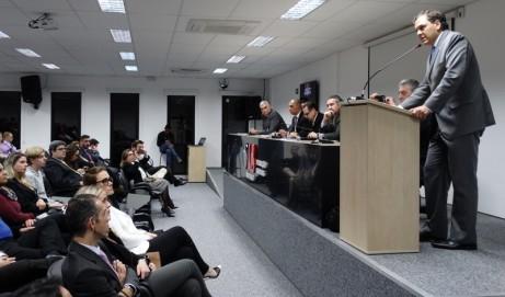 Debate sobre Prerrogativas teve ampla participação de advogados